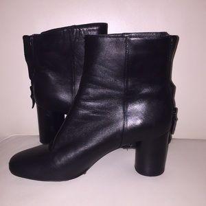 Sandro Women's black Sacha leather ankle boot